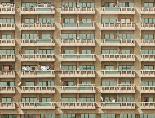 Is noodverlichting verplicht in een appartementencomplex?